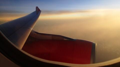 飞行途中突感呼吸困难