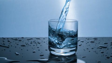 清晨第一杯水